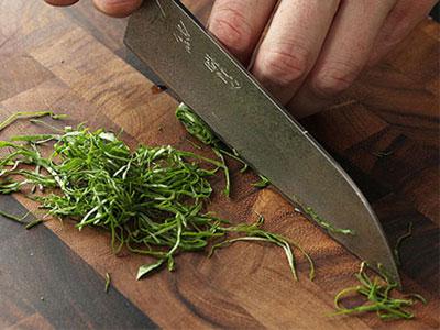4 روش برش با چاقو که هر آشپزی باید بلد باشد