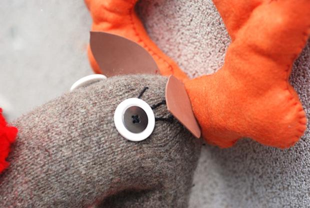 آموزش ساخت عروسک گوزن با جوراب