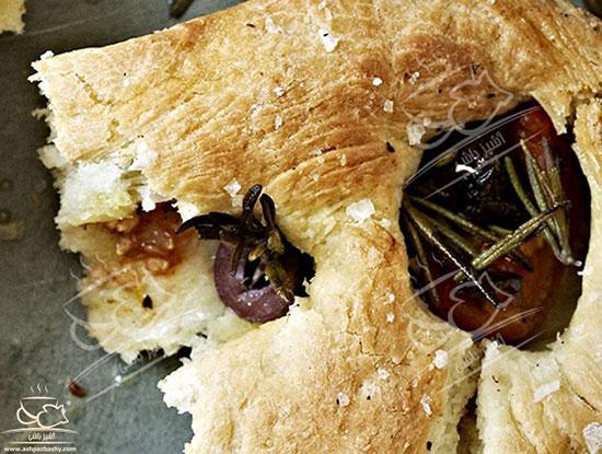 نان با زیتون، گوجه و رزماری