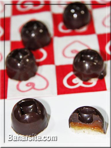 طرز تهیه شکلات کاراملی مخصوص نوروز! تصاویر