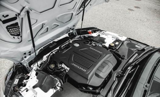 عکس های جگوار اف-تایپ R کانورتیبل مدل ۲۰۱۶  مشخصات