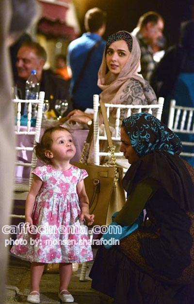 «حنا» دختر بانمک ترانه علیدوستی در مراسم افطاری سریال شهرزاد