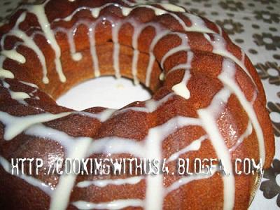 کیک رطب و شیرعسلی خوش عطر و خوش طعم