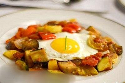 غذای ساده و سریع، املت سبزیجات! عکس