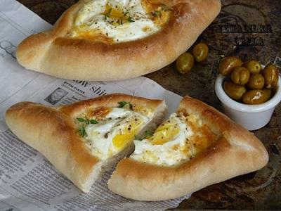خاچاپوری یک غذای گرجستانی لذیذ و آسان! عکس