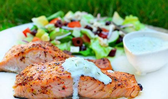 طرز تهیه ماهی سالمون به سبک یونانی