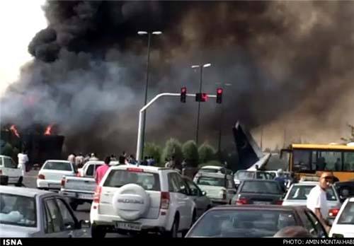 سقوط هولناک هواپیمای مسافربری در غرب تهران