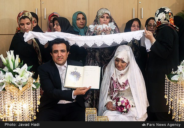 مراسم عقد حسینی بای خبرنگار سیما تصاویر