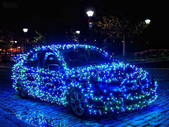 خودروهایی که به استقبال کریسمس رفته اند! تصاویر
