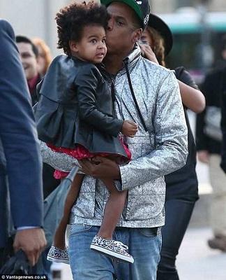 شباهت دیدنی دختر بیانسه به پدرش! عکس