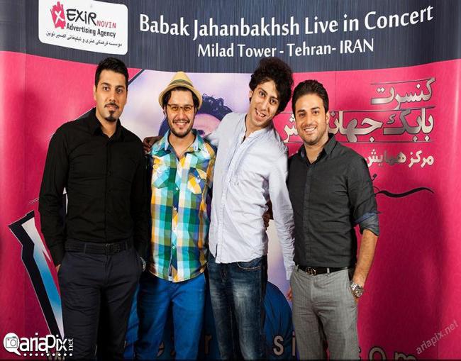 جواد عزتی در کنسرت بابک جهانبخش