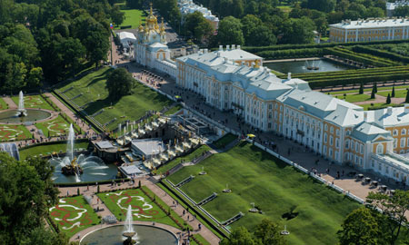 کاخ و باغ پترهوف در روسیه