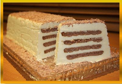 یک کیک سریع ، زیبا و لذیذ با بیسکوییت و کره! عکس