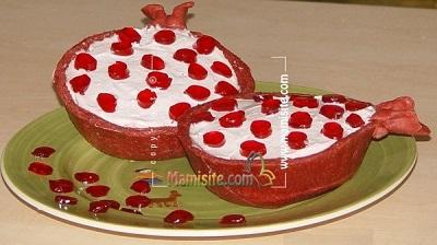 کیک اناری یک دسر خاص و متفاوت ویژه شب یلدا عکس
