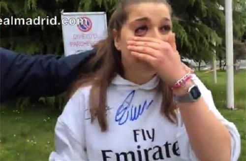 اشک های دختری که از کریس رونالدو امضا گرفت