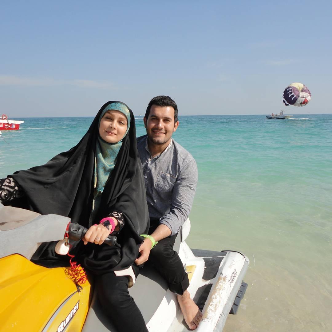 عکس های جدید و زیبای مژده خنجری مجری شبکه سه با همسرش