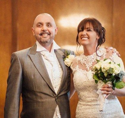 عروسی که شب عروسی خودش را کچل کرد!! تصاویر