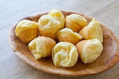 طرز تهیه نان پنیری برزیلی(پفک برزیلی) عکس