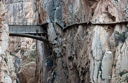 خطرناکترین مسیر پباده روی جهان دراسپانیا