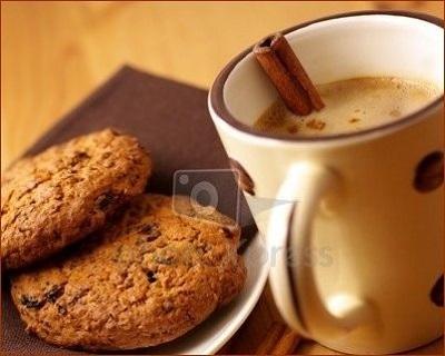 شیرینی خوش عطر و خوش طعم با قهوه! عکس