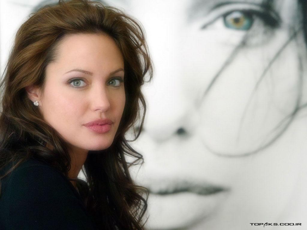 آنجلینا جول طرفدار چه ژانری می باشد! عکس