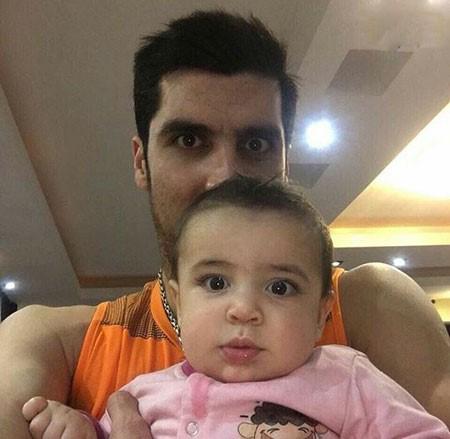 پوریا فیاضی و شهرام محمودی و فرزندانشان تصاویر