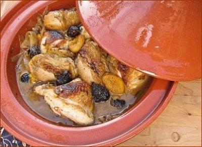 خورشت مرغ و انجیر خوشمزه و پرخاصیت رو حتما امتحان کنید! عکس