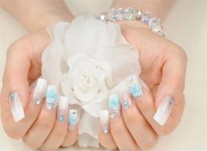 تصاویر زیباترین طراحی ناخن عروس 2014
