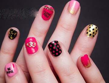 طراحیهای زیبای ناخن با عشق !