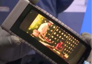 گوشی هوشمند انعطاف پذیری که به ساعت مچی تبدیل میشود+تصاویر