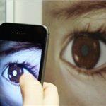 تشخیص بیماری های چشم با گوشی های هوشمند +تصاویر