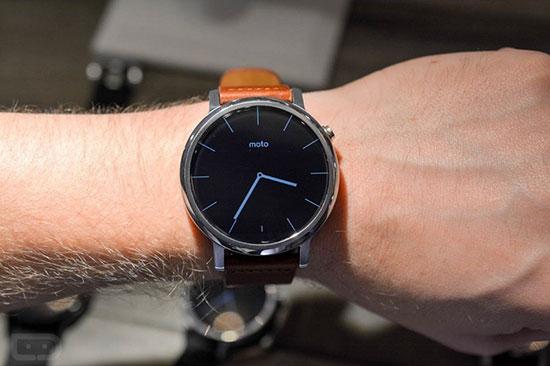 ساعتهای هوشمند بازار با بهترین امکانات در سال 2017 تصاویر