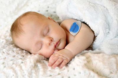 دستبند هوشمند کنترل سلامت کودکان/ از راه دور کودک را کنترل کنید+تصاویر