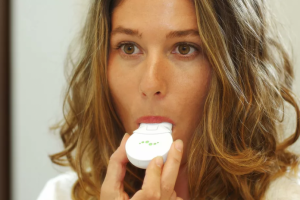 دستگاه هوشمند Mint ;اختراعی برای تشخیص بیماری دهان و دندان+تصاویر