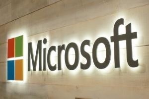 مایکروسافت تمامی برنامههای ویندوز ۱۰ را به تب هوشمند مجهز می کند!