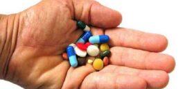 تغییر رنگ مایعات بدن در اثر مصرف دارو