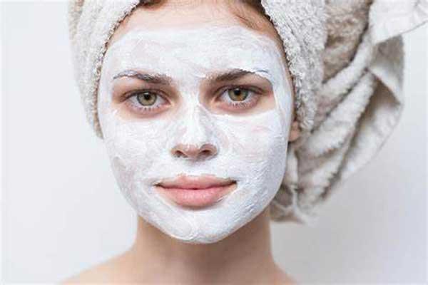 ۲ ماسک خانگی لایهبردار، مخصوص پوستهای چرب