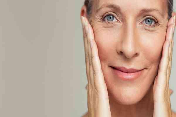 دلایل افتادگی و شل شدن پوست و راه درمان آن
