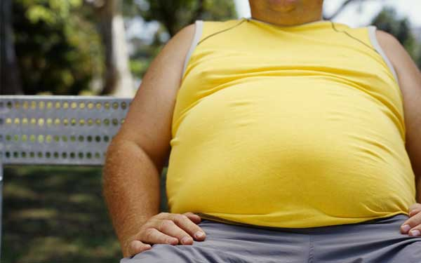 علل تجمع چربی در شکم