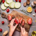 بهترین رژیم غذایی کدام است؟ خام خواری و گیاهخواری یا پالئو؟
