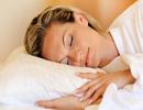 ۶ کاری که نباید در رختخواب تان انجام دهید