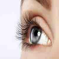 علل و نشانه های پرش پلک ها چیست؟ + و راه های درمان
