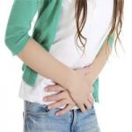 شکم درد در زنان نشانه و علت چه بیماری های جدی است؟