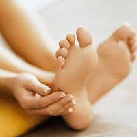 خشکی پوست پا و ارتباط مستقیم با تیروئید ،عارضه پوست موسوم به خارش زمستانی