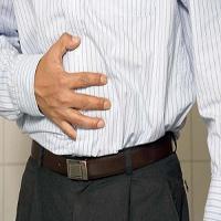 درمان نفخ و تورم شکم با نوشیدنی های خانگی + دستورالعمل