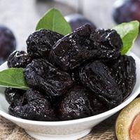 پیشگیری از سرطان روده بزرگ |کاهش خطر سرطان روده با مصرف این میوه خشک شده