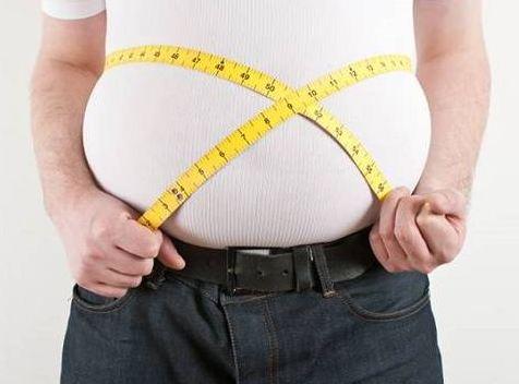 چاقی و تجمع چربی در اطراف بافتهای بدن موجب چه بیماریهایی میشود؟!