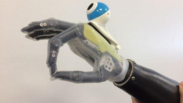 طراحی یک دست مصنوعی دوربین دار برای افراد ناتوان!
