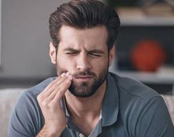عفونت دندان چه خطراتی دارد؟