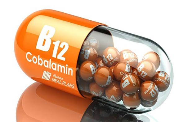 تزریق ویتامین B12